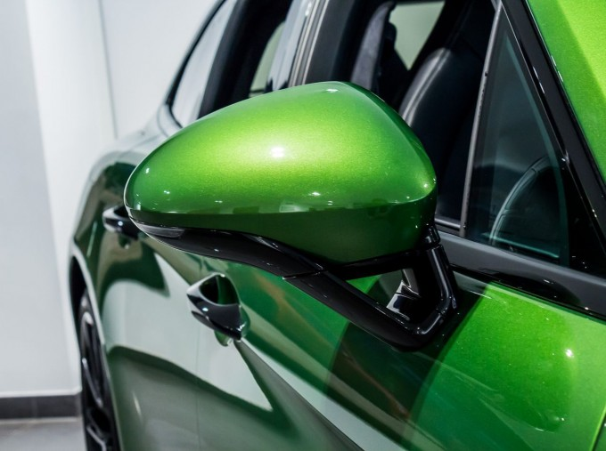 2018 Porsche V8 GTS Sport Turismo PDK 4WD 5-door (Green) - Image: 21