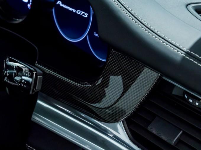 2018 Porsche V8 GTS Sport Turismo PDK 4WD 5-door (Green) - Image: 36