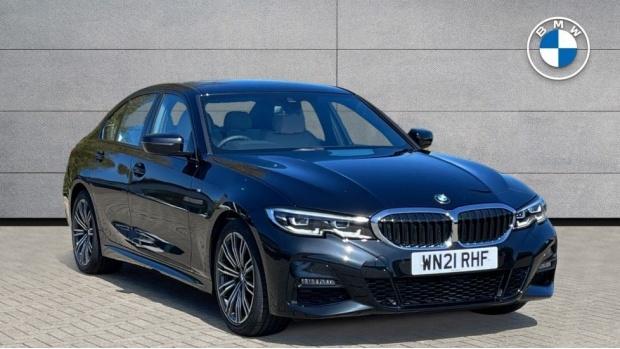 2021 BMW 320d M Sport Saloon (Black) - Image: 1