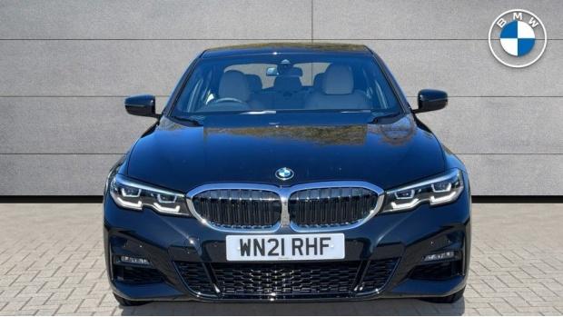 2021 BMW 320d M Sport Saloon (Black) - Image: 16