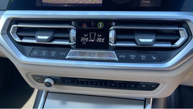 2021 BMW 320d M Sport Saloon (Black) - Image: 37