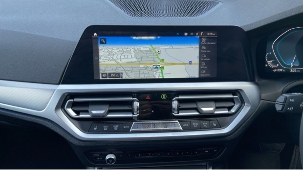 2020 BMW 330e M Sport Saloon (White) - Image: 8