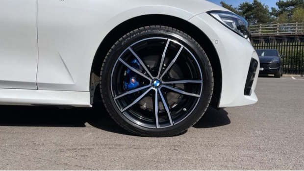 2020 BMW 330e M Sport Saloon (White) - Image: 14
