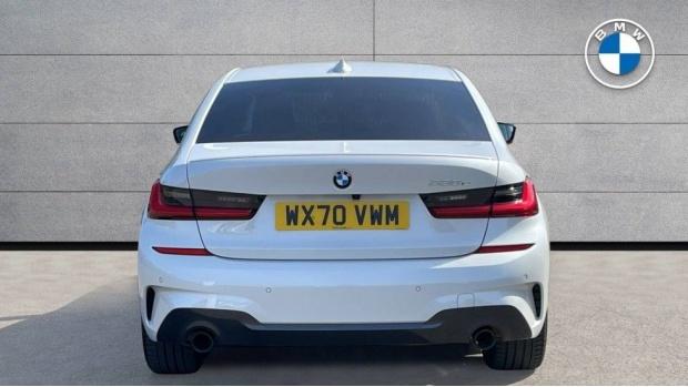 2020 BMW 330e M Sport Saloon (White) - Image: 15
