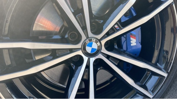 2020 BMW 330e M Sport Saloon (White) - Image: 30