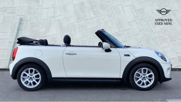 2018 MINI Cooper Convertible (White) - Image: 3