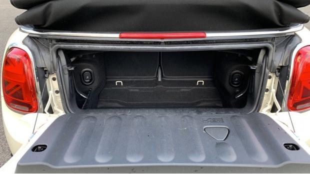 2018 MINI Cooper Convertible (White) - Image: 13