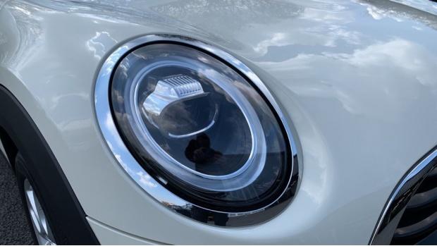 2018 MINI Cooper Convertible (White) - Image: 22