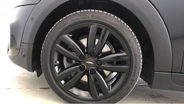 2020 MINI 3-door Cooper S Sport (Black) - Image: 14