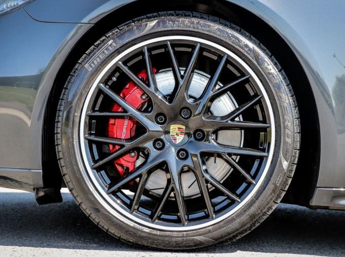 2019 Porsche V8 GTS PDK 4WD 4-door (Grey) - Image: 4