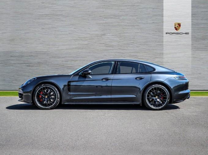 2019 Porsche V8 GTS PDK 4WD 4-door (Grey) - Image: 5