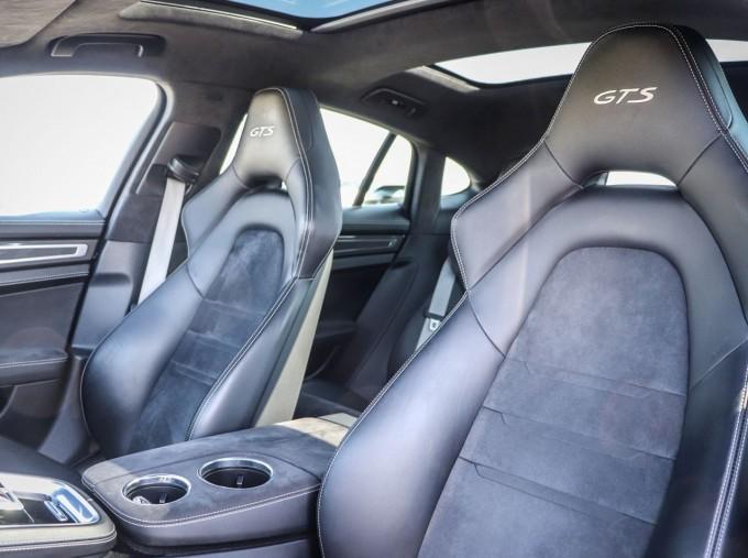 2019 Porsche V8 GTS PDK 4WD 4-door (Grey) - Image: 26