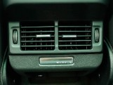 2021 Land Rover D200 MHEV R-Dynamic SE Auto 4WD 5-door (Black) - Image: 17