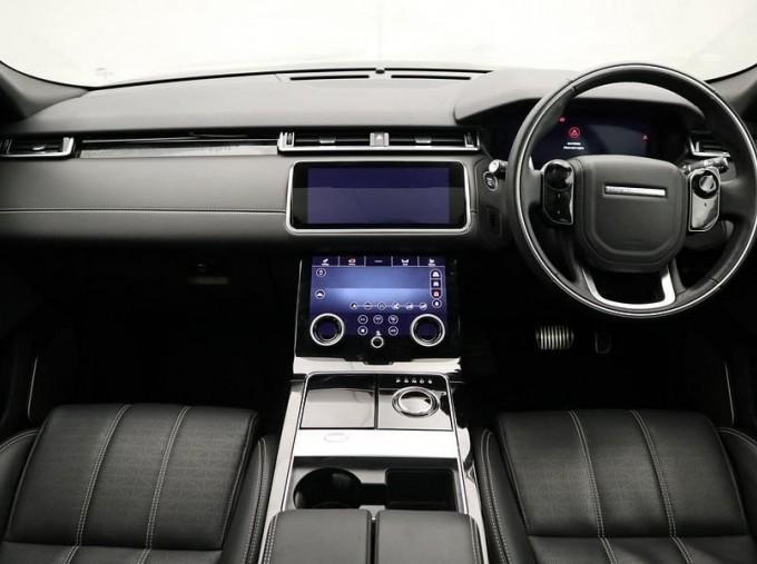 2020 Land Rover D300 R-Dynamic HSE Auto 4WD 5-door (Grey) - Image: 9