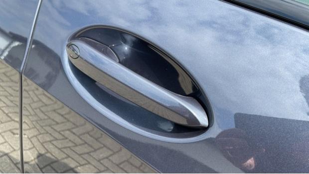 2021 BMW XDrive45e M Sport (Grey) - Image: 23