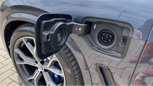 2021 BMW XDrive45e M Sport (Grey) - Image: 28