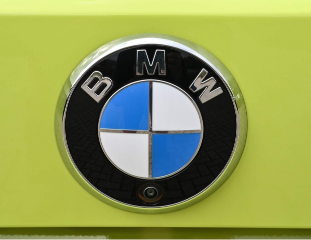 2021 BMW BiTurbo Competition Steptronic 2-door (Yellow) - Image: 9