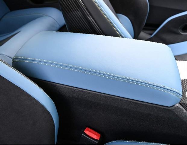 2021 BMW BiTurbo Competition Steptronic 2-door (Yellow) - Image: 29