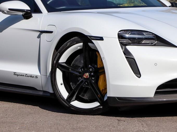 2020 Porsche 93.4kWh Turbo S Auto 4WD 4-door (White) - Image: 22