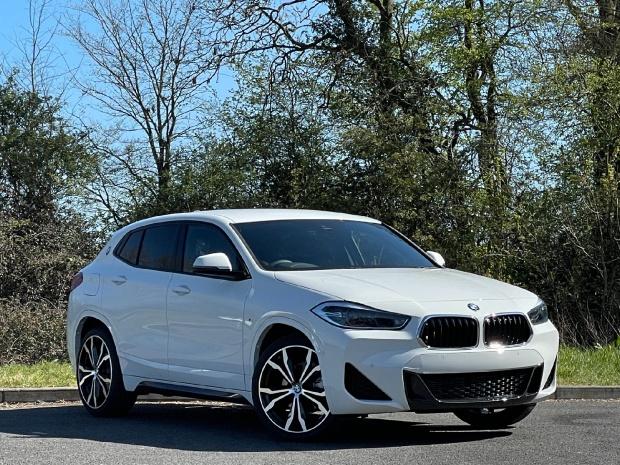 2021 BMW 18d M Sport Auto sDrive 5-door (White) - Image: 1