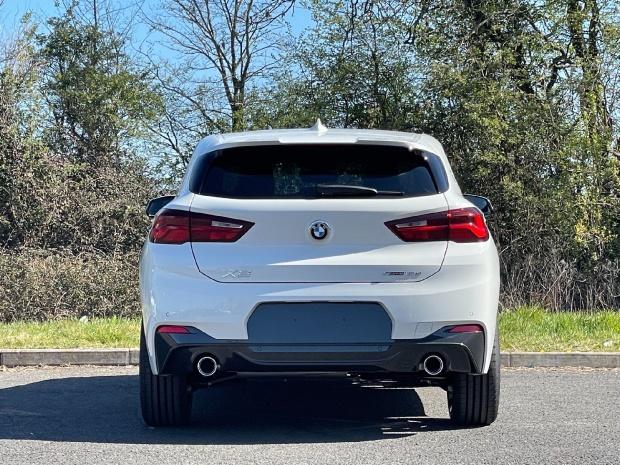 2021 BMW 18d M Sport Auto sDrive 5-door (White) - Image: 15
