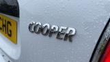 2018 MINI Cooper Classic (White) - Image: 33
