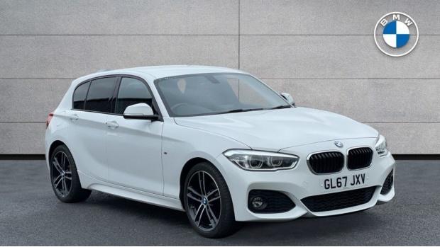 2017 BMW 118i M Sport 5-door (White) - Image: 1