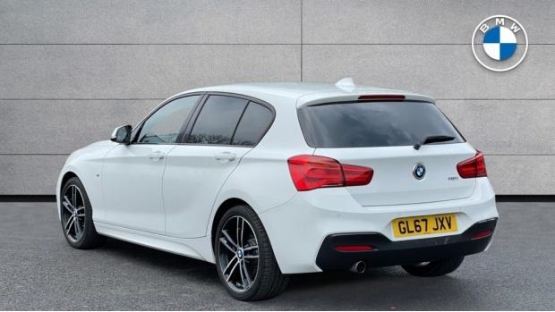 2017 BMW 118i M Sport 5-door (White) - Image: 2