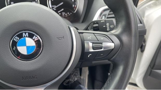2017 BMW 118i M Sport 5-door (White) - Image: 18