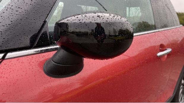 2020 MINI 3-door Cooper Exclusive (Red) - Image: 31