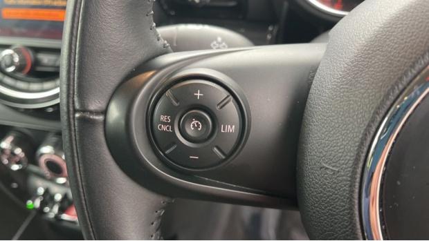 2018 MINI Cooper (Grey) - Image: 17
