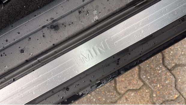 2018 MINI Cooper (Grey) - Image: 37