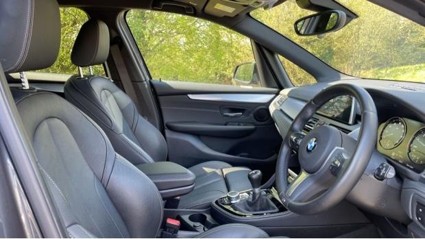 2019 BMW 218i M Sport Active Tourer (Grey) - Image: 11