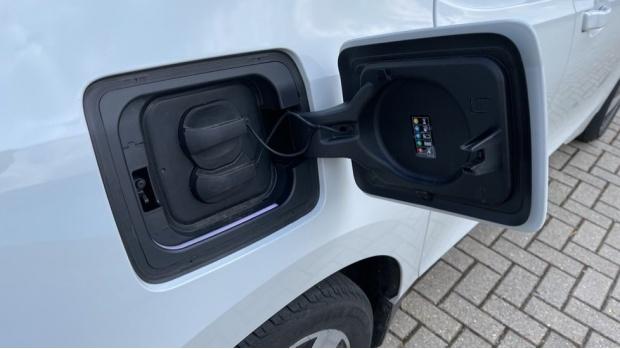 2020 BMW 120Ah (White) - Image: 36