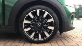2020 MINI 5-door Cooper Exclusive (Green) - Image: 14