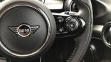 2020 MINI 5-door Cooper Exclusive (Green) - Image: 18