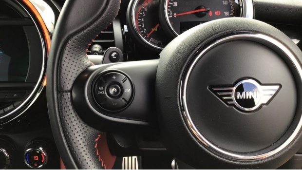 2020 MINI John Cooper Works (Red) - Image: 17