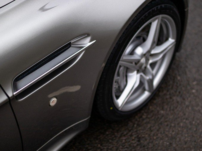 2015 Aston Martin V8 Sportshift II 2-door (EU6) (Grey) - Image: 15