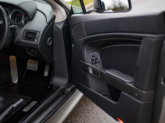 2015 Aston Martin V8 Sportshift II 2-door (EU6) (Grey) - Image: 17