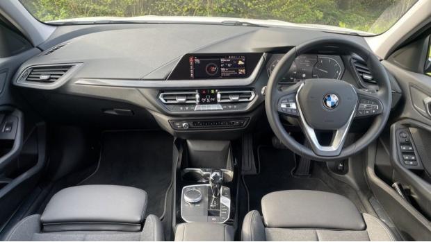 2021 BMW 116d Sport (White) - Image: 4