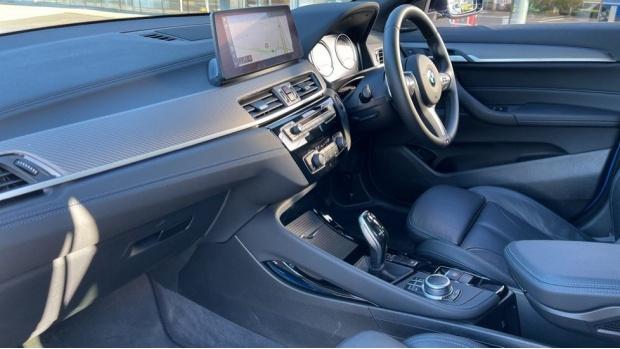 2020 BMW XDrive18d M Sport X (Blue) - Image: 7