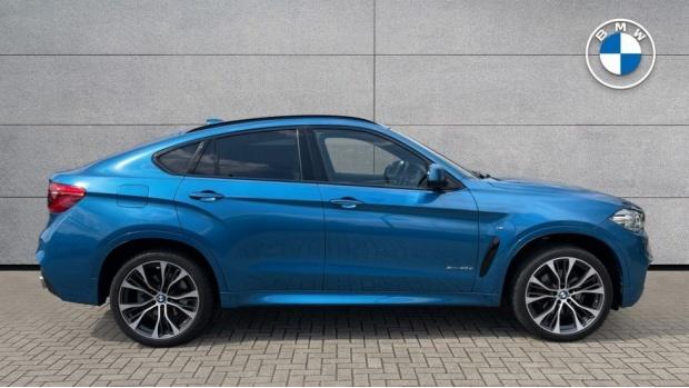 2018 BMW XDrive40d M Sport (Blue) - Image: 3