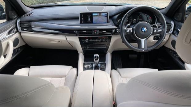 2018 BMW XDrive40d M Sport (Blue) - Image: 4