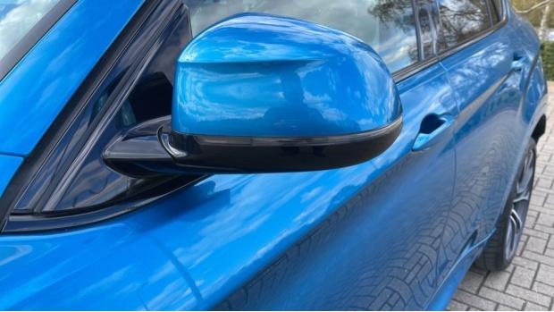 2018 BMW XDrive40d M Sport (Blue) - Image: 31