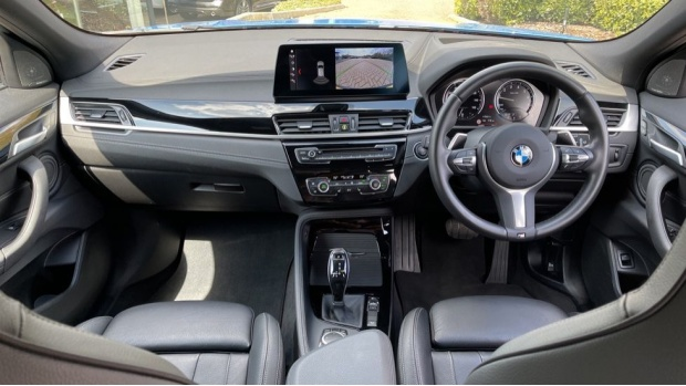 2019 BMW M35i (Blue) - Image: 4