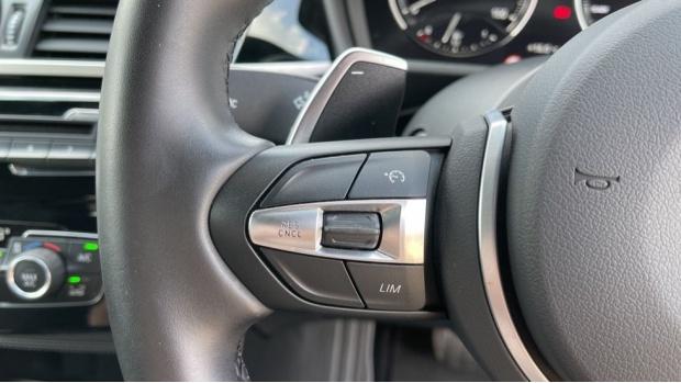 2019 BMW M35i (Blue) - Image: 17