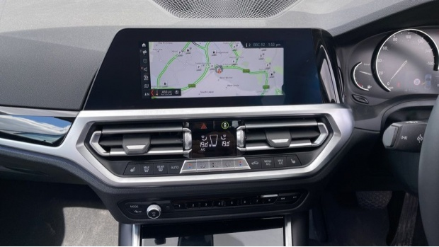 2020 BMW 318d Sport Saloon (White) - Image: 8