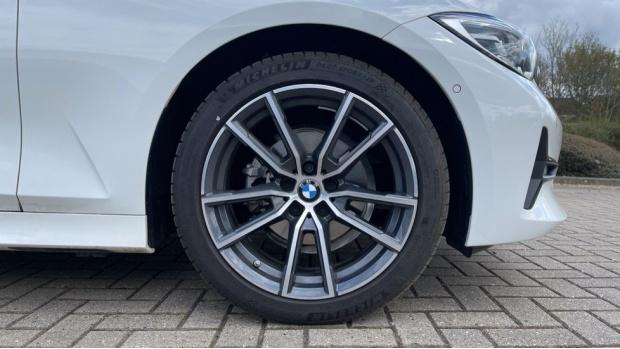 2020 BMW 318d Sport Saloon (White) - Image: 14