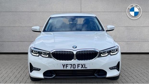 2020 BMW 318d Sport Saloon (White) - Image: 16