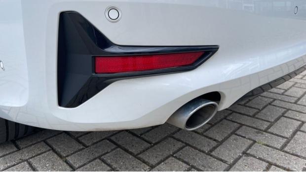 2020 BMW 318d Sport Saloon (White) - Image: 32